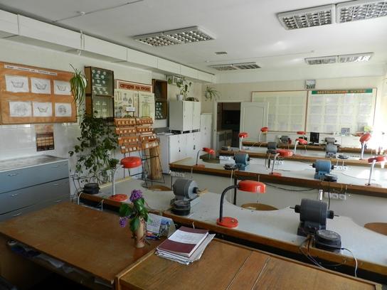 Кабінет «Техніка виготовлення незнімних протезів»